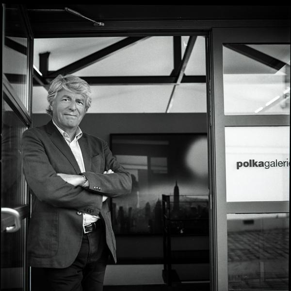 Alain Genestar. Fondateur et directeur de la publication du magasin Polka. Paris 2018